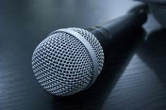 Microphone.JuanAlvaro.Flickr.CCBY2.0